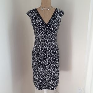 Spring Black/White Spandex Blend V Neckline Dress